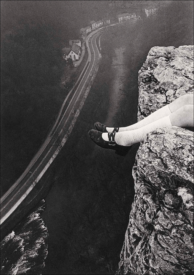 Paul Hill, Legs over High Tor, Matlock, 1975 - Copyright Paul Hill
