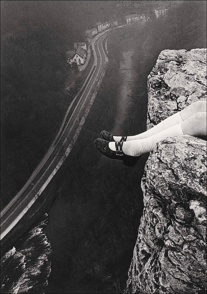 Paul Hill, Legs over High Tor, Matlock, 1975 - Copyright Paul Hill