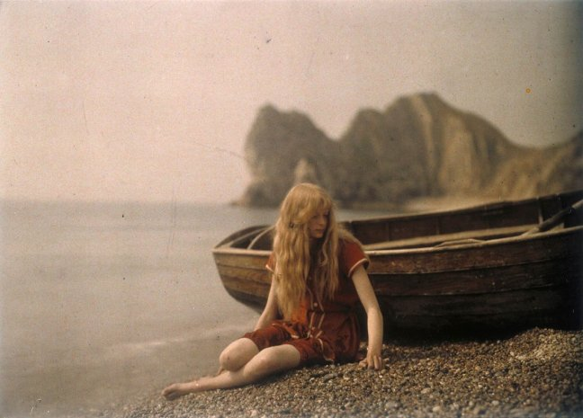 Christina by Lieutenant Colonel Mervyn O'Gorman 1912-13 © Royal Photographic Society/ National Media Museum.