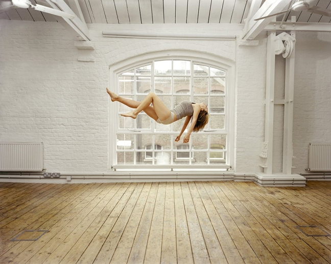 Sam Taylor Wood -  Self Portrait Suspended III, 2004 - © copyright Sam Taylor Wood