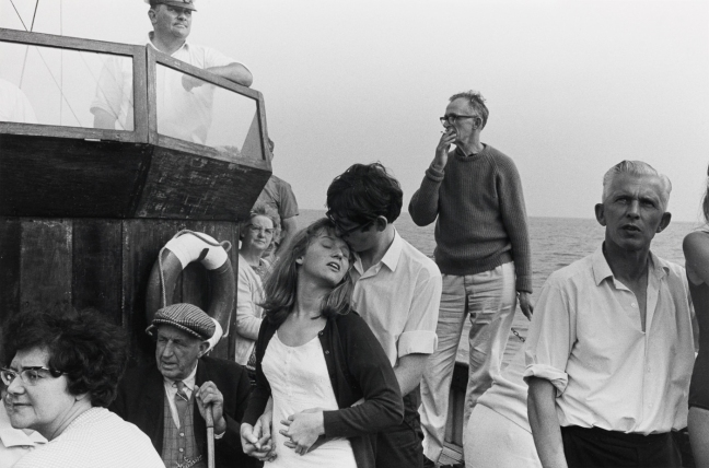Tony Ray Jones - Beachy head tripper boat, 1967 - © this mages is copyright of the respective owners, assignees or others