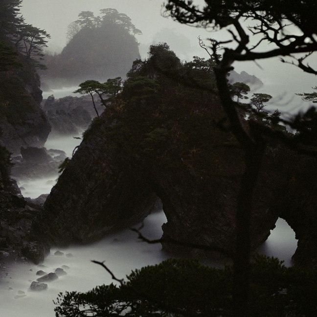 Almond Darren - Fullmoon, Fukushima, 2009 - © Almond Darren