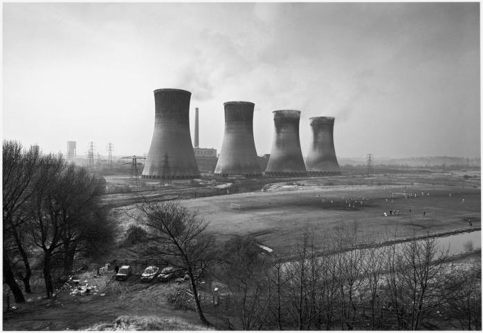 John Davies, Agecroft Power Station, Salford, 1983 - © John Davies