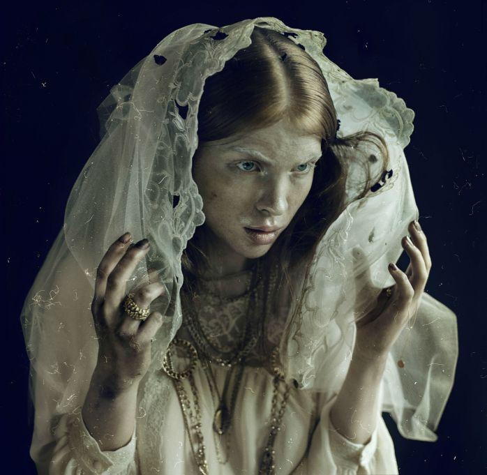 "Nicol Vizioli - Madonna, 2012, from the series ""Shadow on Parade"" - © Nicol Vizioli"