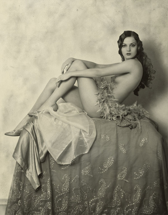 Alfred Cheney Johnston - Alice Wilkie, Ziegfeld Girl, 1925
