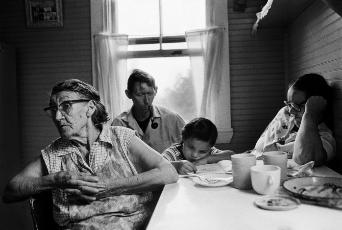 "Steven Rubin, Grandma Rosie's kitchen, from the series ""Vacationland"", 1983 - © Steven Rubin"