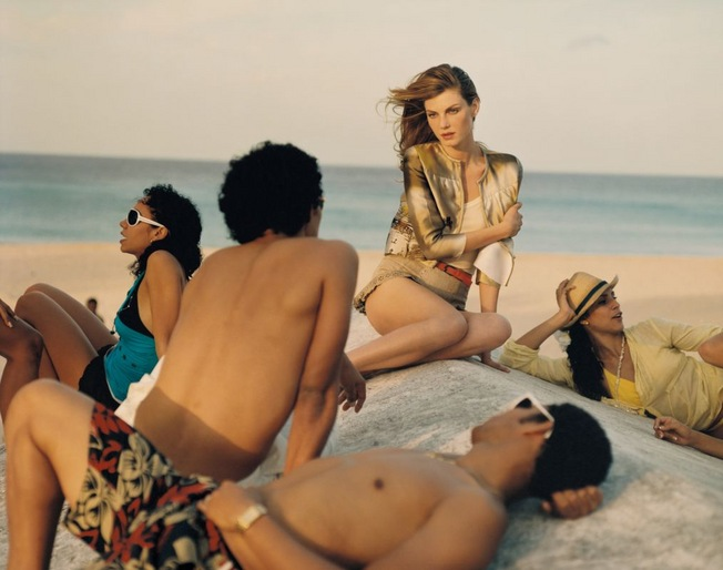 Tom Craig, Viva Cuba Magazine: Vogue UK June 2010. Model: Angela Lindvall - © Tom Craig